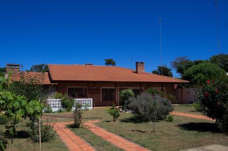 Casa En Villa Argentina Espaciosa Con Mucho Verde