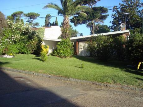 Casa A Media Cuadra De La Rambla Mansa - 4 Dorm