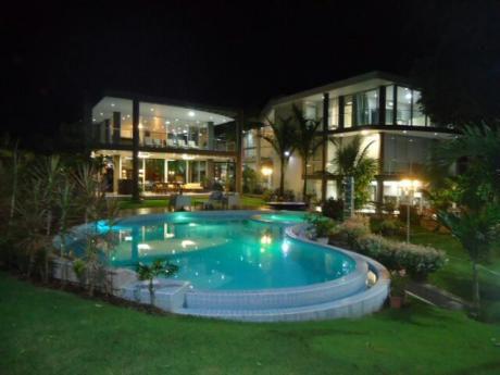 Colinas Del Urubo 2 Vendo Mansion