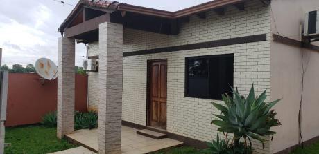 Alquilo Casa En Villa Bancaria!!