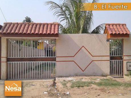 Nesa Vende Bonita Casa En El B. El Fuerte