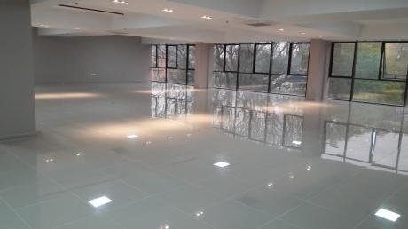 Zona Shop Del Sol, Amplia Planta Libre Para Oficinas
