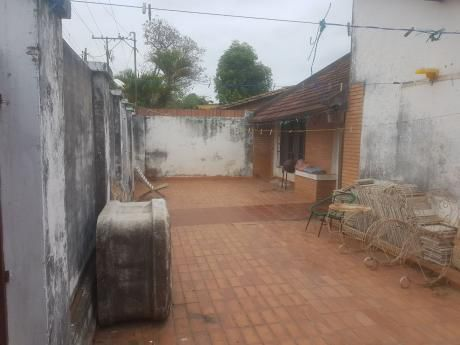 Amplia Casa En LambarÉ A Dos Cuadras De La Avda. Augusto Roa Bastos