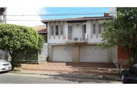 Residencia De 3 Dormitorios - Barrio Seminario