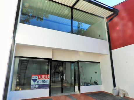 Amplio Local Comercial En Villa Morra