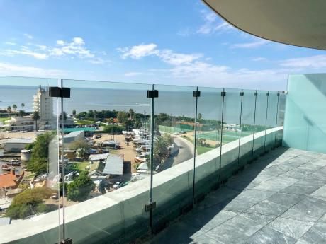 Alquiler Penthouse Forum. Terraza Exclusiva Con Piscina