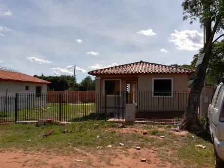 Vendo Casa A Estrenar En San Lorenzo, Barrio Reducto