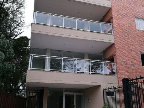 Vendo Departamento De Uno  Ydos Dormitorios Zona Mburicao Con Piscina A Estrenar