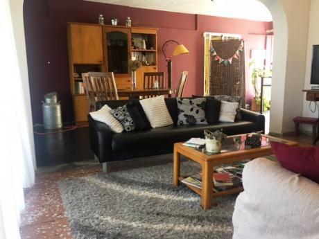 Venta De Casa 2 Dormitorios En Shangrilá, Canelones