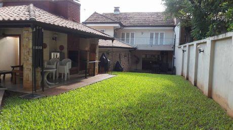 Vendo Casa En Villamorra - Zona Super 6 Rca Argentina