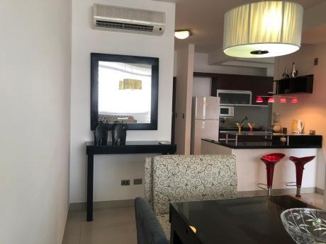 Exclusivo Apartamento De 2 Habitaciones Con Gran Terraza