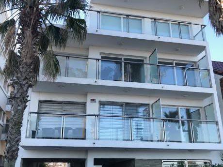 Apartamentos De Dos Dormitorios A Estrenar En La Rambla De Punta Gorda