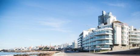 Estrene Apartamento A Metros Del Mar Y El Puerto De Punta Del Este