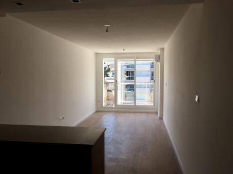 Venta De Apartamento De 1 Dormitorio En Parque Batlle.