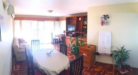 Apartamento En Punta Carretas. Próximo A Bvar. Artigas Y 21