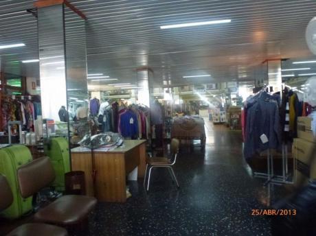 Gran Local Comercial Con Oficinas Más Casona De época