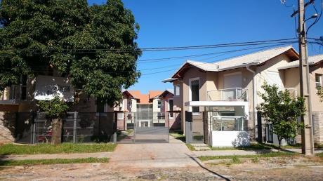 Alquilo Casa En Barrio Cerrado Moderna 3 Dormitorios Uno En Suite