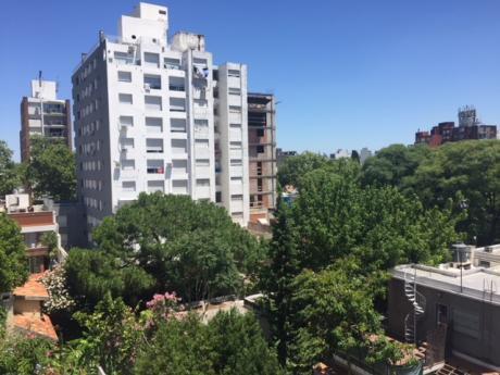 Alquiler Apartamento Un Ambiente Con Muebles Pta.. Carretas