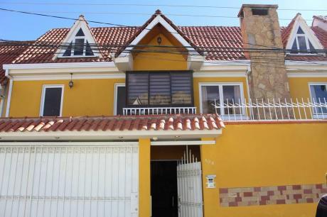 Casa En Venta $us 300.000