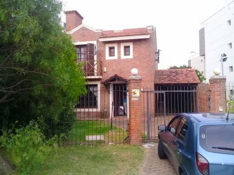 Casa-barra De Carrasco