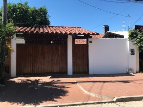 Casa En Alquiler En Zona Exclusiva Equipetrol