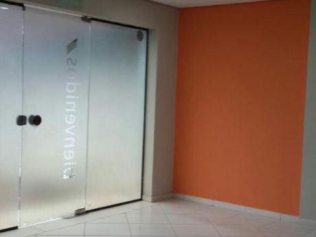 Alquilo Oficinas Corporativas Zona Recoleta / Villa Morra.