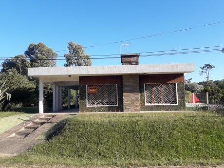 Casa Sobre Rambla Del Arroyo