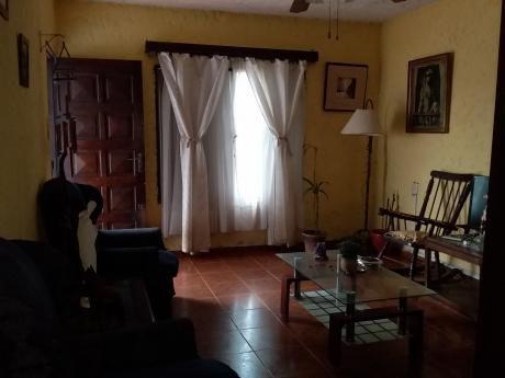 Dos Propiedades En Un Mismo Padrón Barrio Peñarol