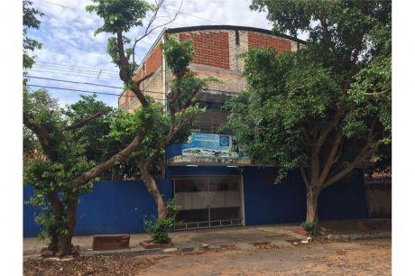 Edificio En Lambare - Ideal Para Empresas Y Centros Educativos