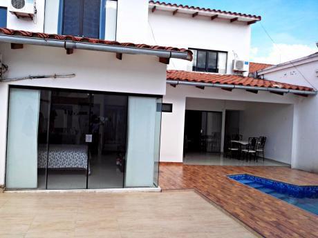 Independiente Casa En Venta En Av. Banzer 5to Anillo, Zona Norte