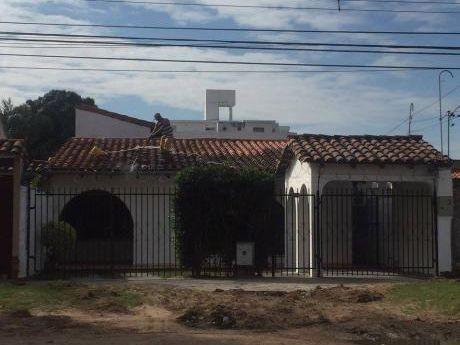 Casa En Alquiler Sobre Avenida 3er Anillo Entre Beni Y Alemana