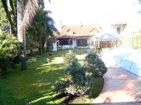 Casa Ideal Para Residencial, Consulado, Embajada, Empresa, Excelente Estado