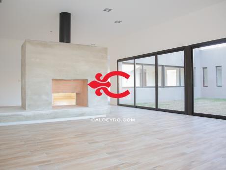 Casa Con Renta En VIñedos De La Tahona 4670