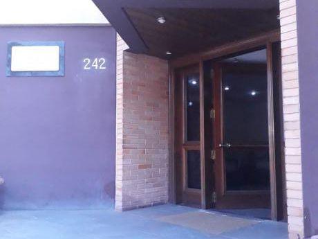 Alquilo Departamento De 220 M2 Propios. Ciudad Nueva