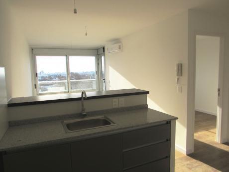 Alquile A Estrenar Apartamento De 1 Dormitorio En El Centro