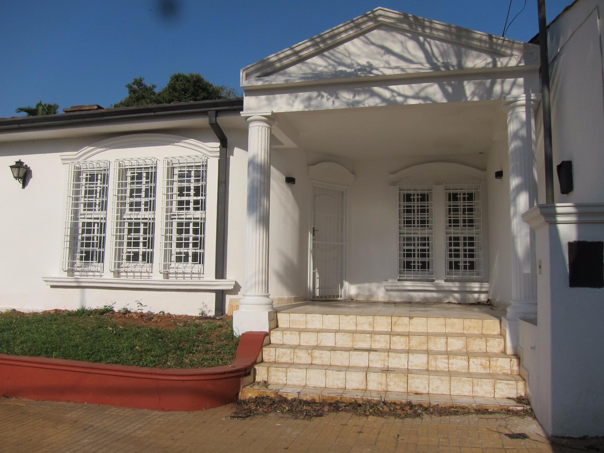 Alquilo Casa Sobre Saravi Zona Colegio Las Almenas