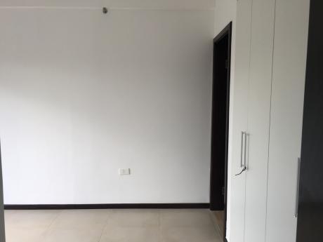 Apartamento A Estrenar En Inmediaciones Del Bcp!!