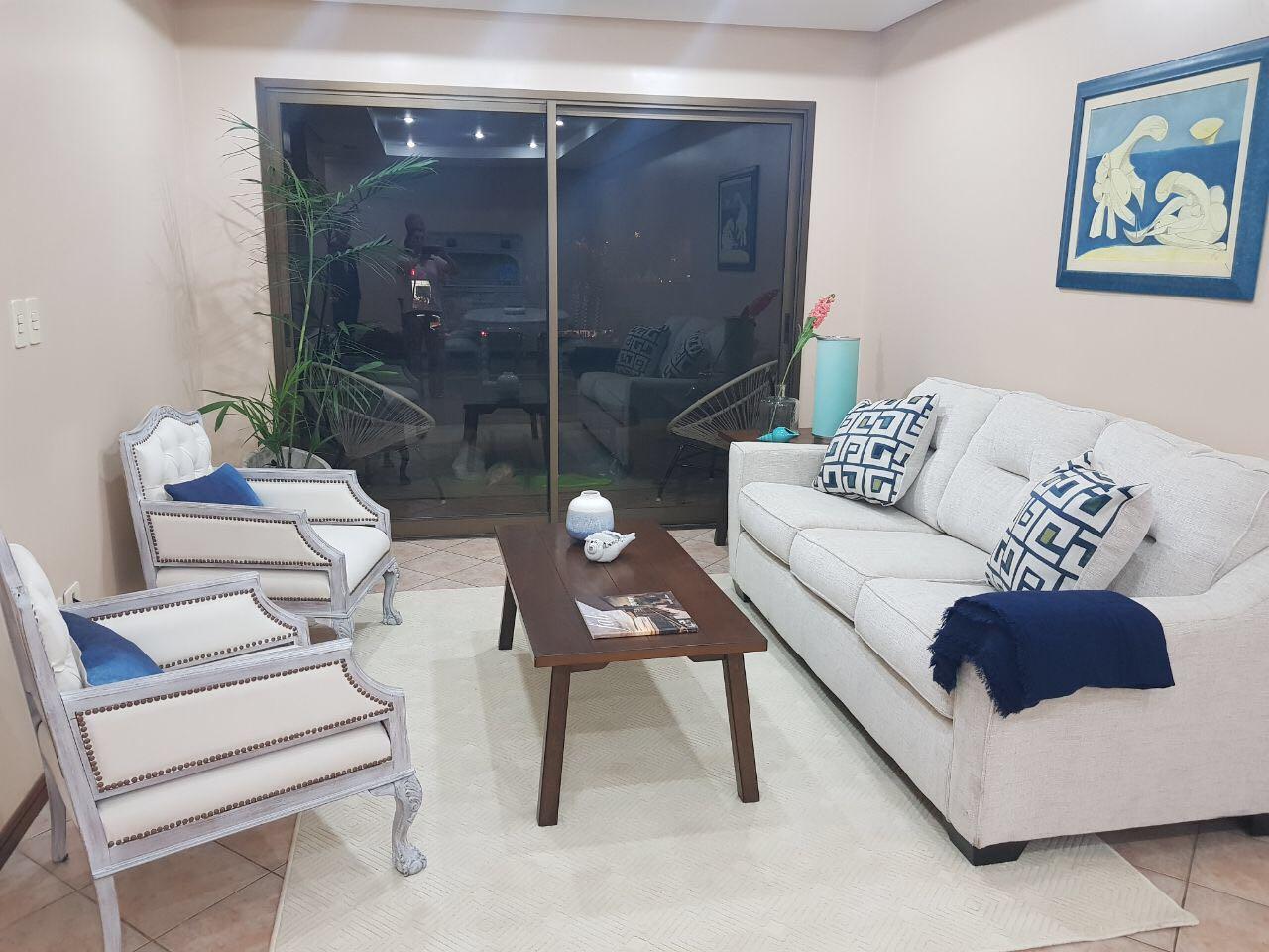 Alquilo Departamento Amoblado De 2 Dormitorios En Villa Morra