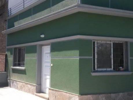 Casa, 2 Dorm, Cochera En Atahualpa