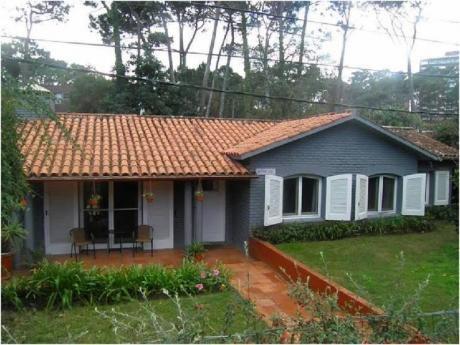 Casa En Venta En Mansa - Ref: 28563