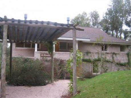 Casa En Alquiler En Rincón Del Indio - Ref: 28923