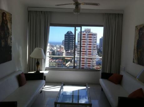 Vendo Apartamento En Punta Del Este, Zona Península