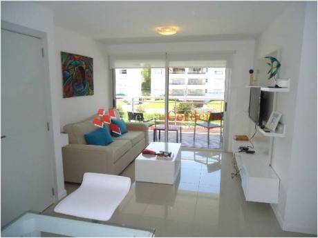 Apartamento En Alquiler En Brava - Ref: 713