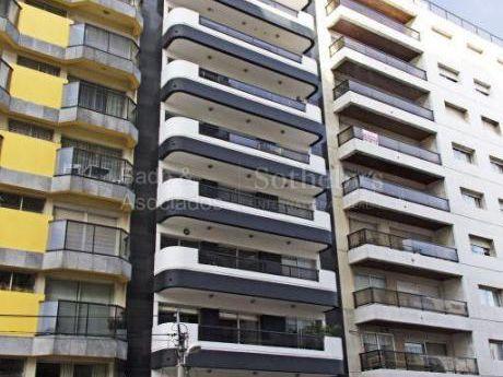 Piso Alto A 30m De Plaza Villa Biarritz