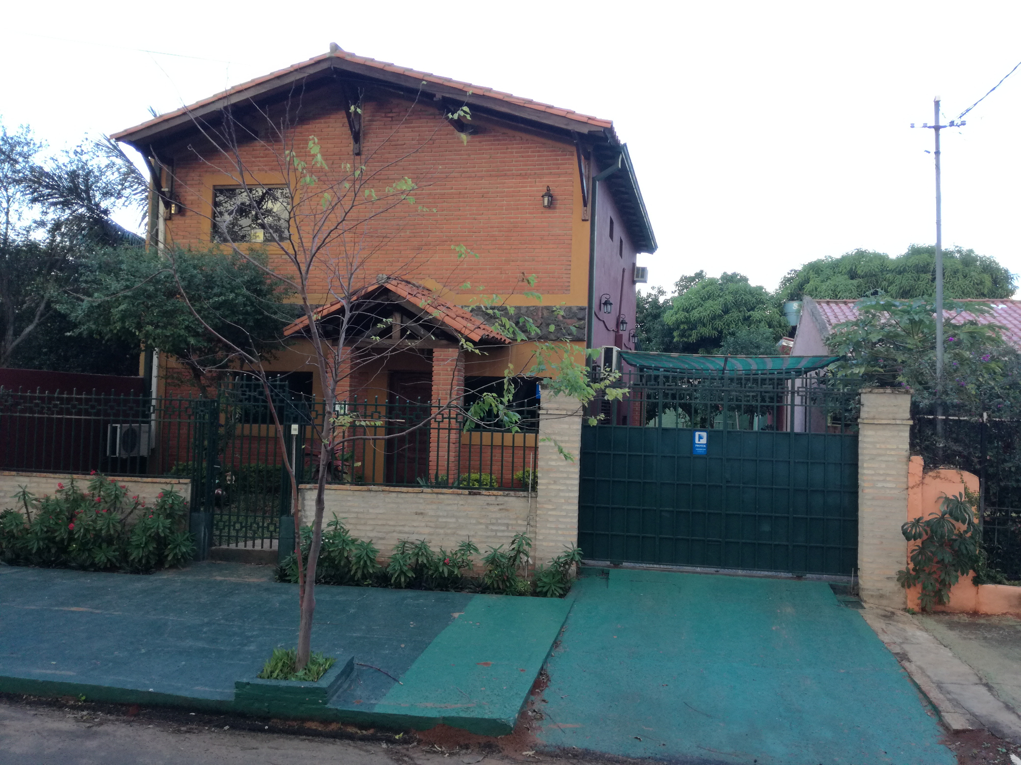 Vendo Casa En San Lorenzo.
