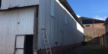 En Zona Industrial Amplio Galpón Para Empresa - Santa Cruz De La Sierra