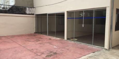 Tinglado Y Casa Amplia CÉntrica Para Oficina O Empresa - Santa Cruz De La Sierra