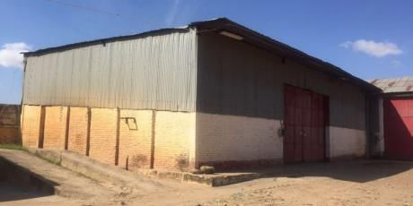 En Zona Espectacular Y Estratégica Galpones Ideal Para Empresa - Santa Cruz De La Sierra