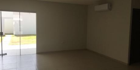 Casa A Estrenar En El Condominio San AndrÉs - Santa Cruz De La Sierra