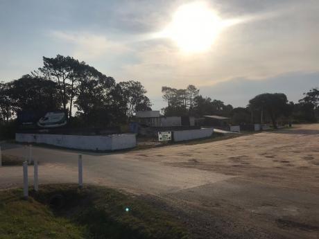 Terreno Grande En Parque Del Plata Sobre Ruta Interbalnearia